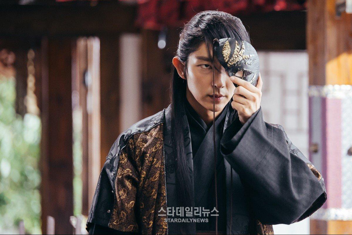 Dù vai diễn Tứ thái tử Wang Soo trong Scarlet Heart: Ryeo đã rất \u201c