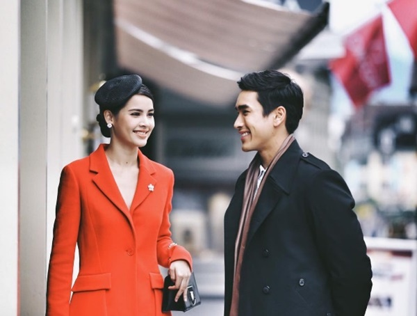Nhìn những hình đẹp như ảnh cưới này, fan lại càng hóng phim của Yadech
