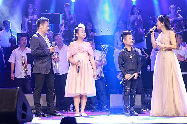 Diva Hồng Nhung dành nhiều lời khen cho Nhật Minh và Ngọc Linh.