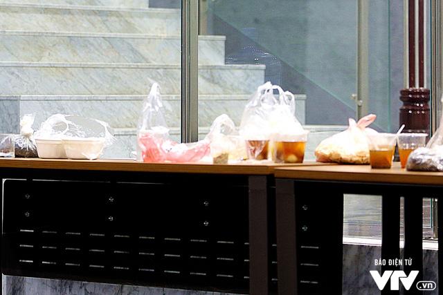 Một món ăn vặt ngày đông là Bánh trôi nước cũng rất được các Táo yêu thích.
