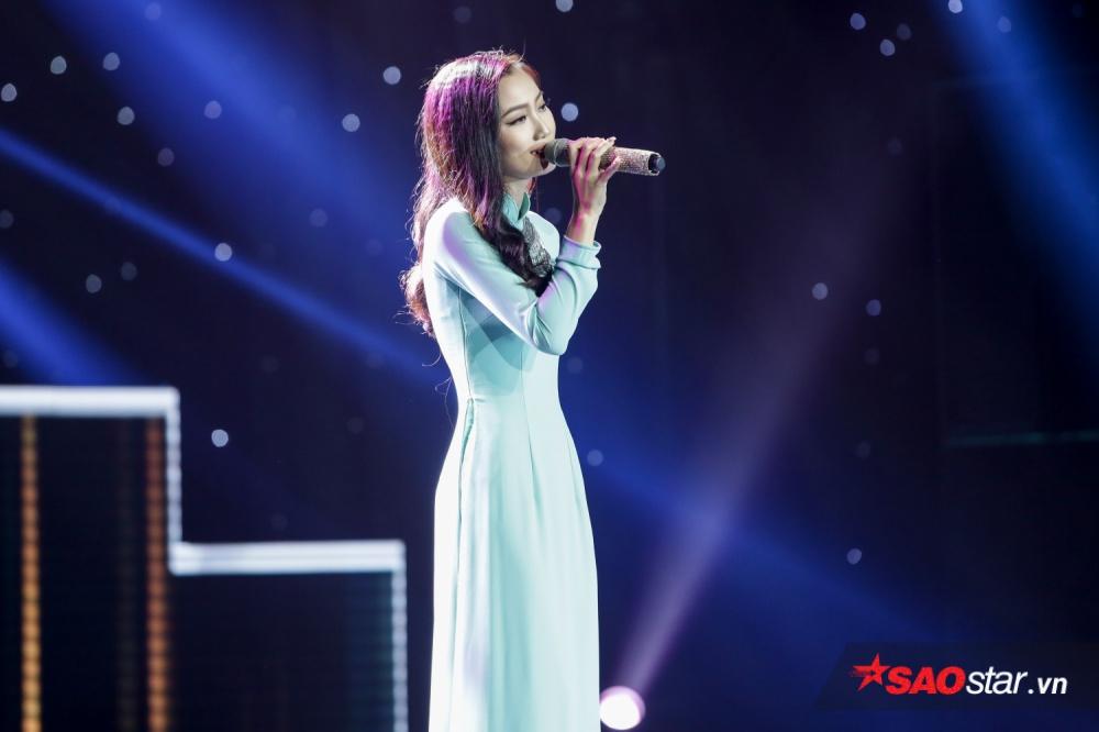 Xuất hiện trên sân khấu là cô giáo mầm non <strong>Nguyễn Thị Như Thu</strong>,là một fan cứng của nữ ca sĩ Cẩm Ly nên cô chọn ca khúc <em>Chuyện đêm mưa</em>, tuy nhiên giọng hát của cô đã không chinh phục được HLV của chương trình.