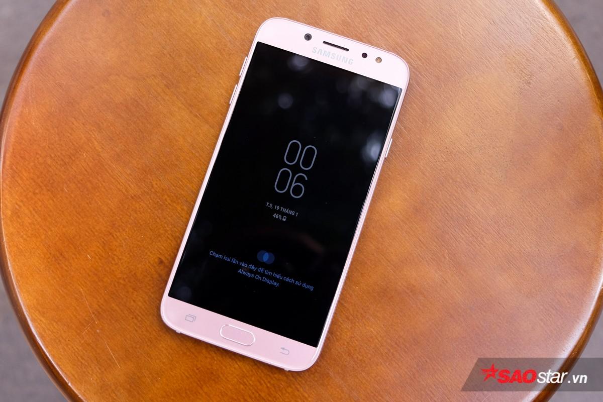 Đánh giá Galaxy J7 Pro màu hồng: Ngoại hình đẹp mê mẫn, selfie ấn