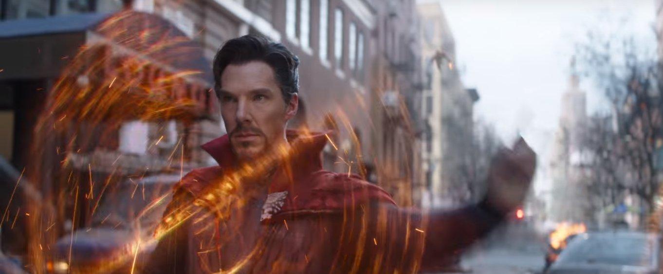 Bộ poster nhân vật 'Avengers: Infinity War' đẹp mê hồn với màu neon do fan cứng thiết kế