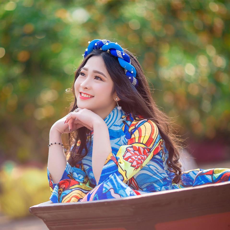 Vẻ xinh xắn của Kim Khánh