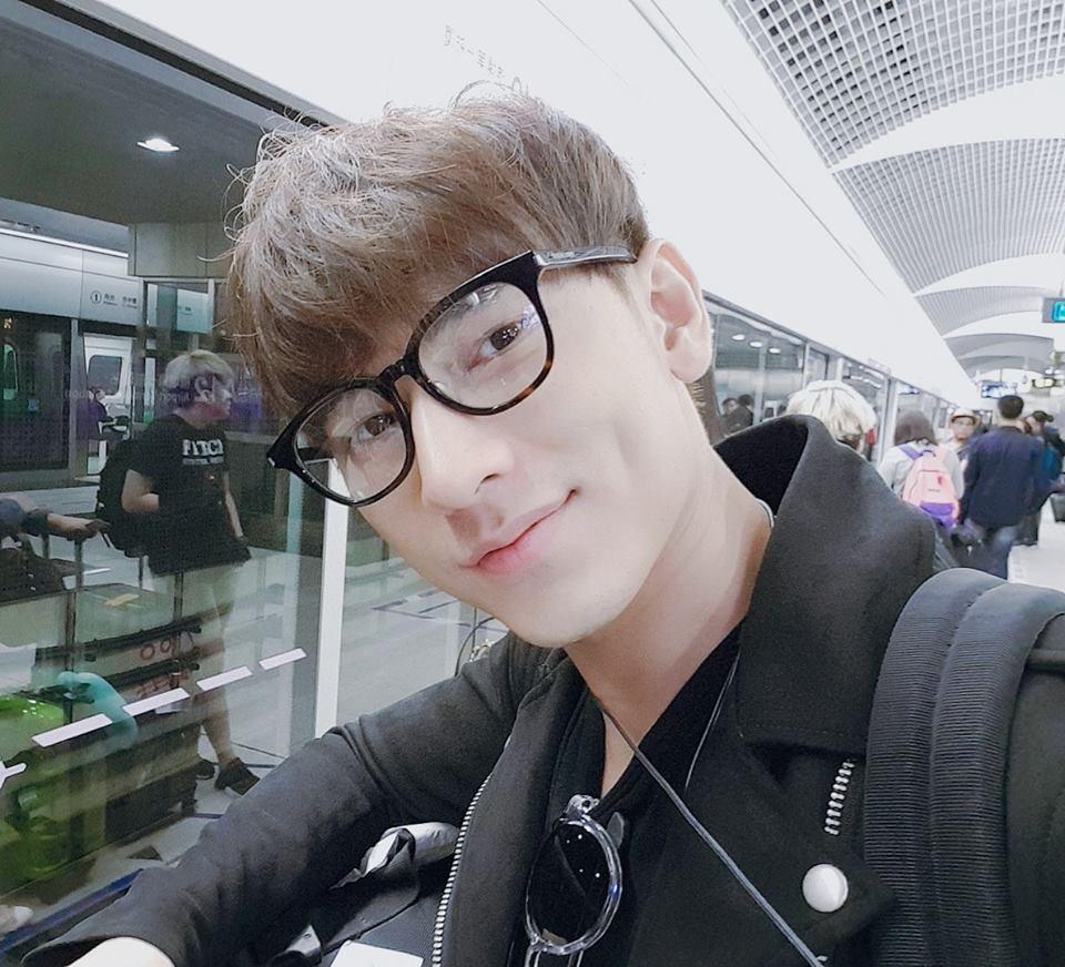 Hình ảnh Isaac tại Đài Loan để thực hiện MV.