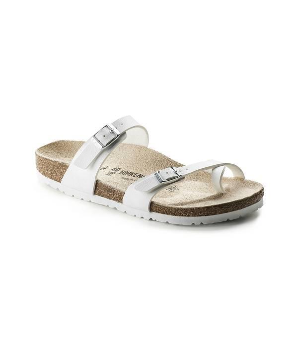 Hãy tin đi - Những đôi sandal tưởng chừng đơn giản này sẽ là items 'phá đảo' mùa hè 2018