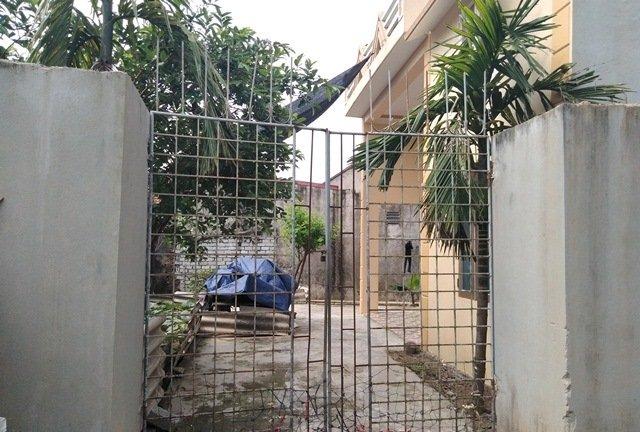 Ngôi nhà ông K. đóng cửa im ỉm. Ảnh: Vietnamnet.<br /><br /><br /><br /><br />
