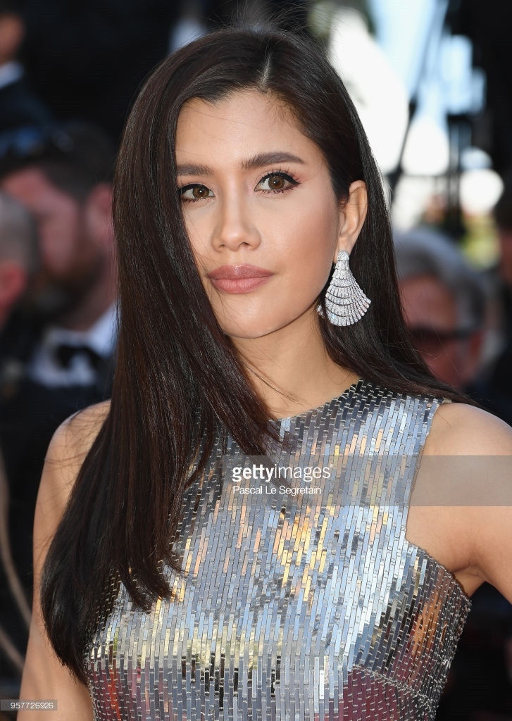 Hoàng Tử Thao, Chompoo Araya và loạt mỹ nhân Thái Lan gây náo loạn thảm đỏ Cannes ngày 5