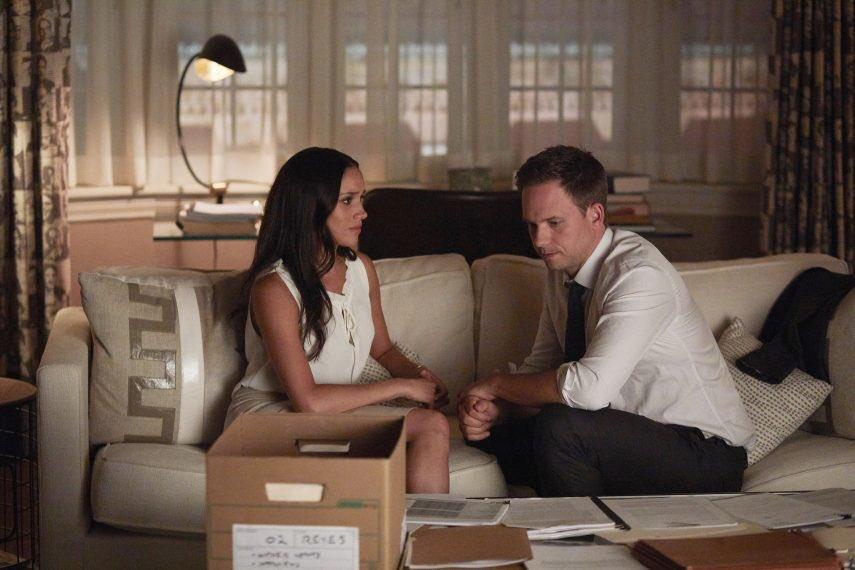 Một cảnh Meghan đóng trong phim Suits.