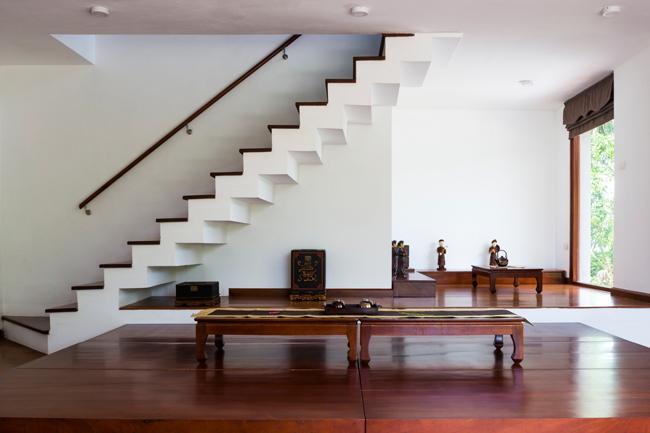 Phòng khách đơn giản, nhẹ nhàng mà tinh tế.
