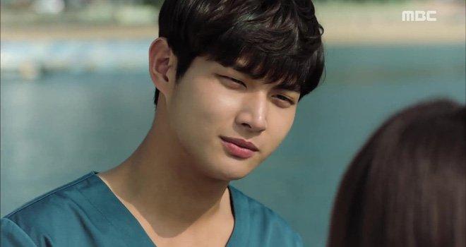 Công ty Song Joong Ki xác nhận 'người tình màn ảnh' của Ha Ji Won quấy rối tình dục và đe dọa đồng nghiệp nữ