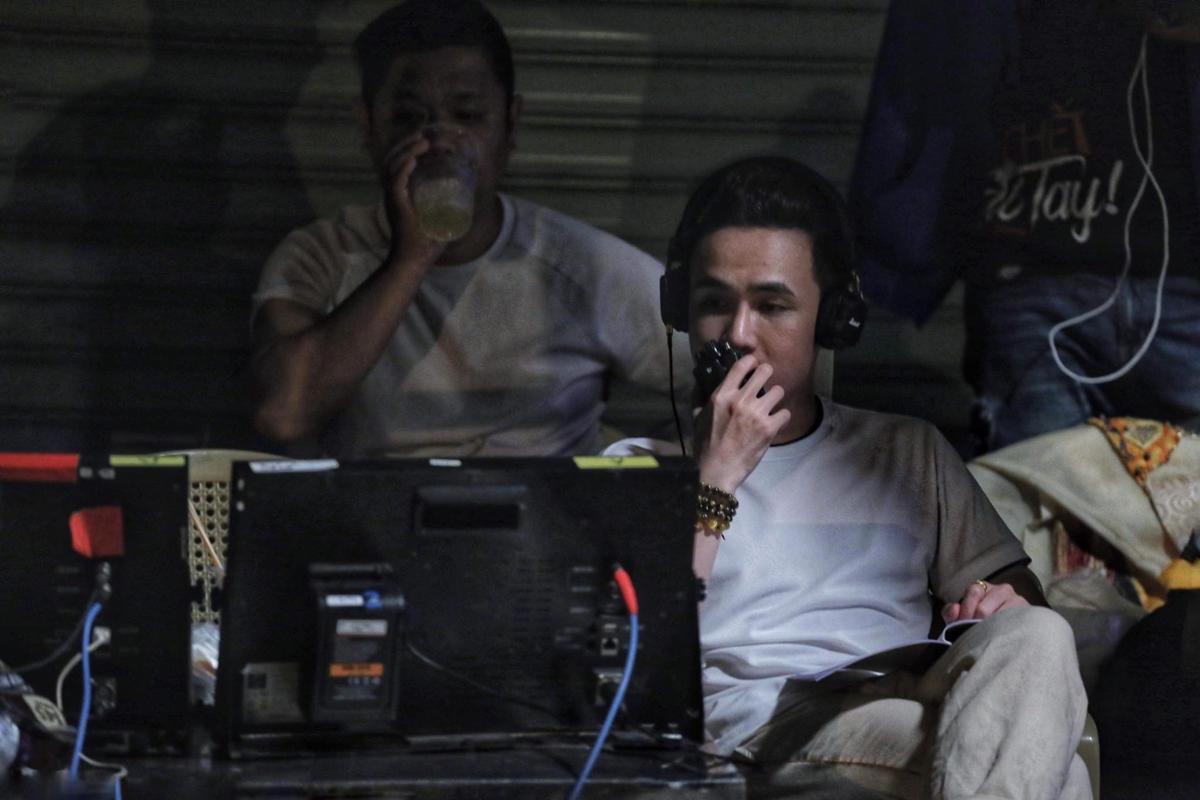 Chính việc lao động không ngừng nghỉ đã mang đến cho anh chàng vị thế xứng đáng trong showbiz Việt như hiện tại.