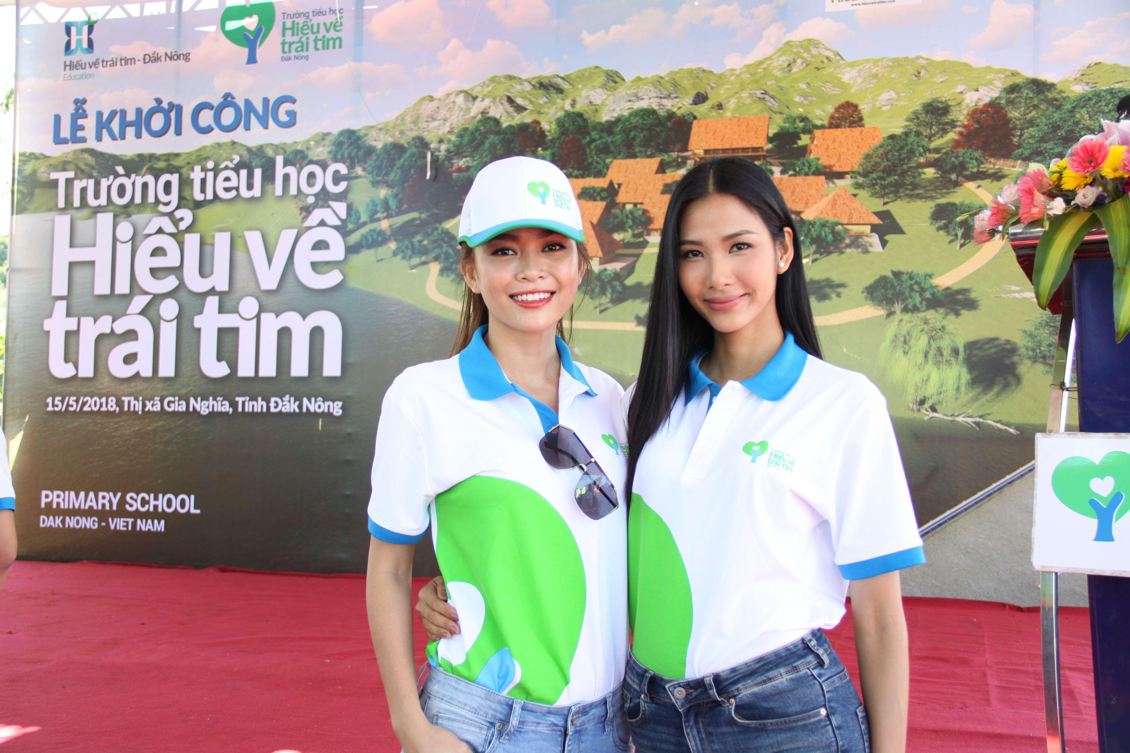 Top 3 <em>Hoa hậu Hoàn vũ Việt Nam</em> tích cực tham gia các hoạt động vì cộng đồng.