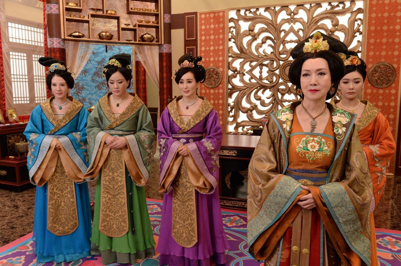 Thâm cung kế: Dù xuất hiện ít nhưng khí chất của Mễ Tuyết và hai diễn viên nhí quá tuyệt