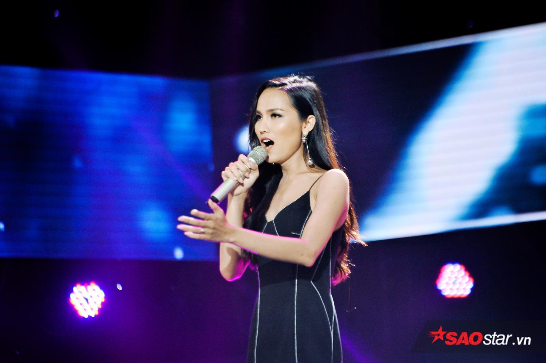 Hóa ra người chị Thu Phương cực thích mashup, cho học trò hát cả hit Sơn Tùng, Hoàng Thùy Linh thế này