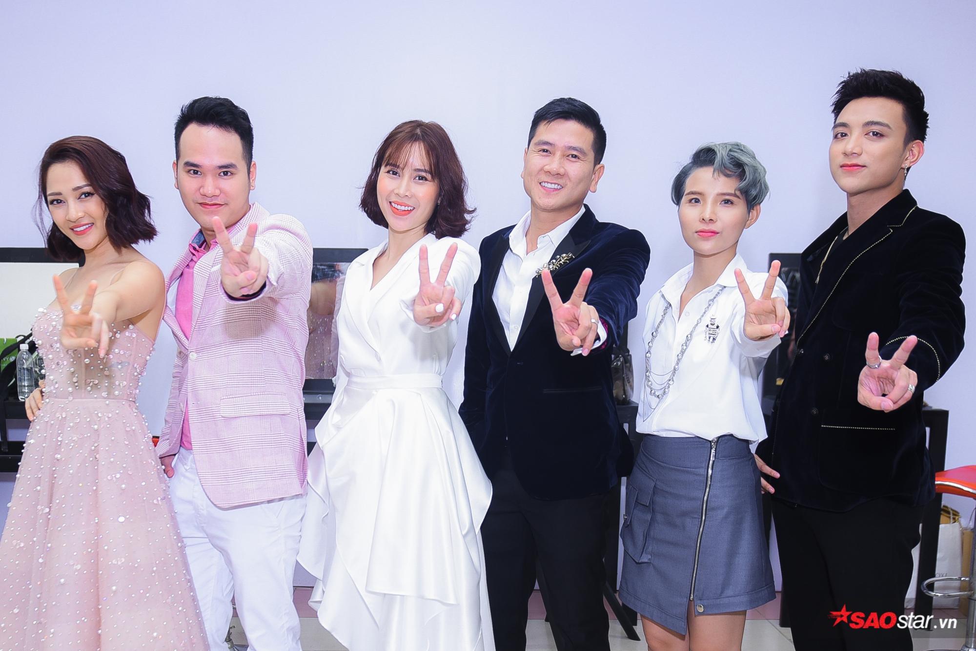 6 HLV và 3 chiếc ghế đôi của Giọng hát Việt nhí 2018: Team nào sẽ chiếm trọn spotlight? ảnh 0