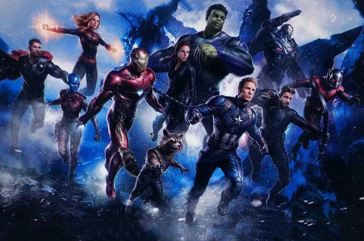 Pepper Potts - Bạn gái Tony Stark vận giáp Iron Man trong ảnh hậu trường \u0027Avengers 4\u0027