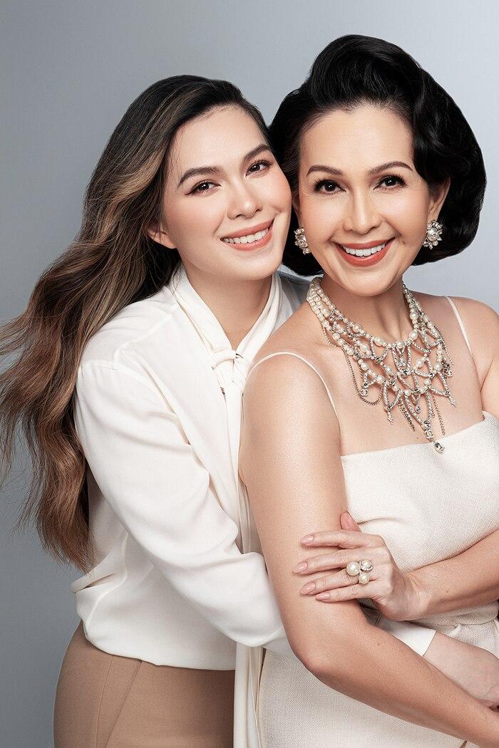 Đã sinh con mà Hoa hậu Đặng Thu Thảo vẫn đẹp yêu kiều