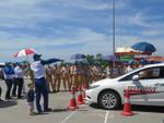 Cảnh sát giao thông được đào tạo lái xe an toàn