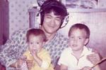 Những bức ảnh 'cực kì hiếm' trong 32 năm cuộc đời Lý Tiểu Long