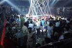 200 dân chơi Sài Gòn nháo nhào khi cảnh sát ập vào quán bar