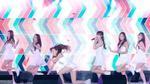 Những sự cố 'thót tim' trên sân khấu của các nhóm nữ Kpop