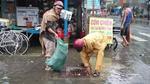 Người đàn ông 10 năm tình nguyện nhặt rác, thông cống ở Sài Gòn