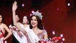 Phạm Hương đăng quang Hoa hậu Hoàn vũ Việt Nam 2015