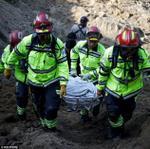 Sạt lở đất kinh hoàng, 600 người mất tích, 26 người thiệt mạng