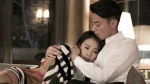 'Bạc Cận Ngôn' Hoắc Kiến Hoa hết lòng bảo vệ nữ trợ lý