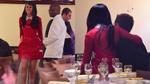 Selena Gomez ngồi lên lòng tình mới ở nhà hàng