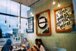 Quán cà phê 'view đẹp nhất phố đi bộ' hút cả trăm sao Việt