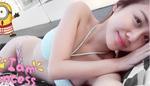 Văn Mai Hương gây sốt với vòng eo con kiến khi diện bikini