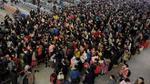 Loạt ảnh: Trung Quốc lập kỷ lục thế giới với 3 tỷ lượt người về quê ăn Tết