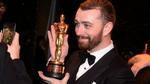Sam Smith xin lỗi vì tự nhận là người đồng tính đầu tiên đoạt Oscar