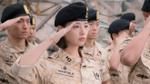 Tất tần tật về nữ quân y xinh đẹp Yoon Myung Joo của 'Hậu duệ mặt trời'