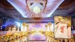 Đám cưới 'nhà người ta': khách mời được tặng iPhone, iPad, Mercedes-Benz