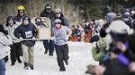 Lễ hội kỳ quặc nhất thế giới lấy cảm hứng từ một xác chết đóng băng