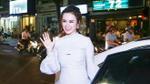 Angela Phương Trinh, Phạm Hương kín đáo nhưng siêu quyến rũ đi dự sự kiện