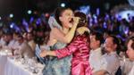 Thu Minh lạc giọng khiến khán giả xúc động ở concert biển lớn nhất năm