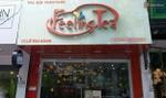 Chi nhánh Feeling Tea Hà Nội tạm đóng cửa sau khi khách phản ánh ly trà sữa có giòi