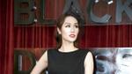 Hoa Hậu Quý Bà Châu Á Kim Nguyễn phô vẻ quý phái trong show diễn thời trang của Đỗ Mạnh Cường