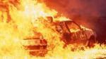 Hội con nhà giàu London đốt xe sang hơn 100.000 USD để tiêu khiển
