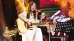 Hết mưa tới nắng, Kim Ngân liên tục đem cả 'bầu trời hạnh phúc' lên sân khấu Bài hát hay nhất