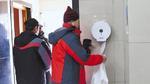 Trung Quốc: Đau đầu vì tình trạng trộm giấy vệ sinh trong toilet công cộng