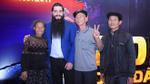 Đạo diễn 'Kong: Skull Island' vui mừng gặp lại nhóm diễn viên Việt đóng vai thổ dân