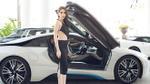 Ngọc Trinh khoe đường cong 'nuột' bên siêu xe 7 tỷ đồng trong ngày Khắc Tiệp ra mắt công ty