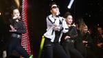 Anh Đức học trò Thu Minh hát 'Moves Like Jagger' phá cách với vũ điệu 'Gangnam style' đốt nóng The Voice
