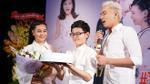 Cát Phượng bật khóc vì xúc động trong tiệc sinh nhật cùng Kiều Minh Tuấn và con trai