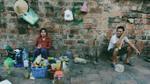 Trà đá vỉa hè, thức uống bình dị khiến người Hà Nội 'không vội được đâu'